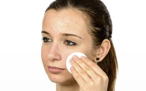 明星们是如何自制面膜护肤的