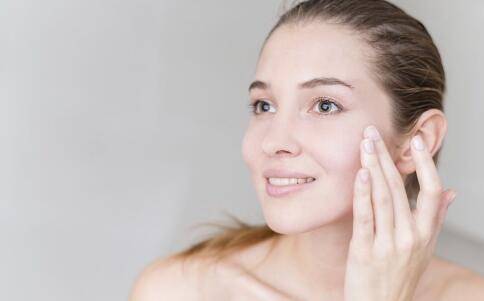 下巴长痘是什么原因 如何治疗能好
