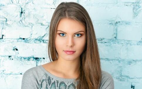 发型 选对发型帮助减龄