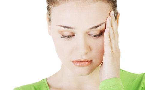 腰痛或是这些因素引起 这样做减轻腰痛
