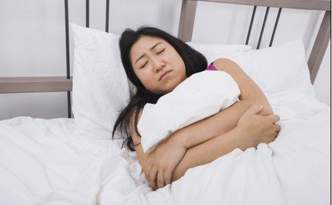 如何调理更年期失眠 7招助女人快速入眠