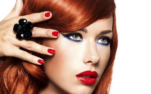 美妆工具:如何选择化妆棉