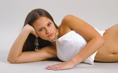 潮热的症状有哪些 女人潮热的四大症状