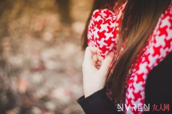 这条围巾这么薄,居然能这么暖和?