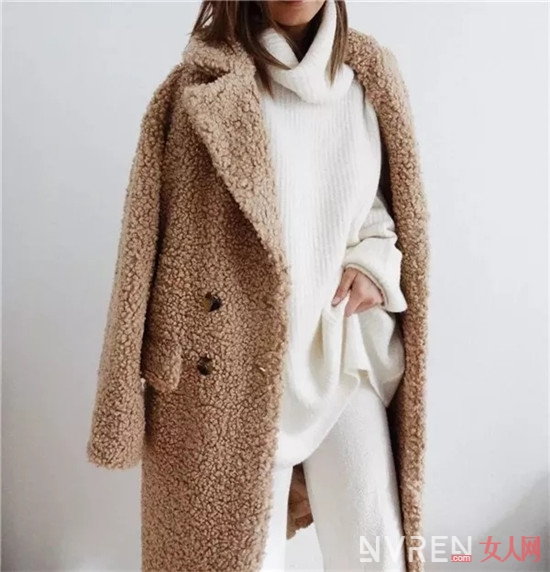 大衣内搭穿什么_大衣怎么穿最时髦?内搭是关键!