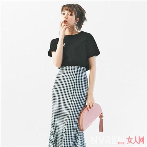 巨好看!看看日本妹子怎样将黑白色系穿出个性与时尚