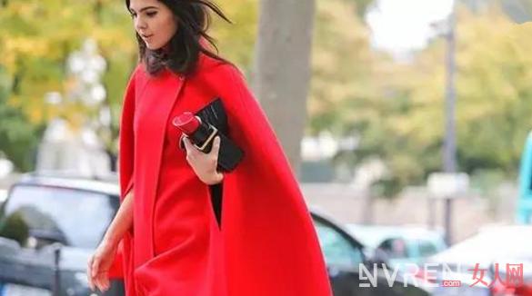 怎么穿搭红色才能更加的时尚潮流而不俗气