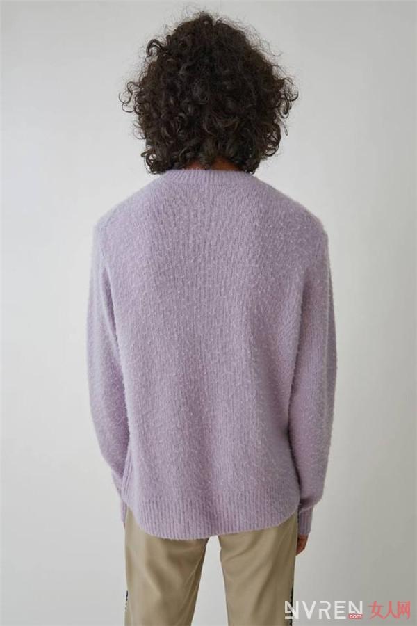 鹿晗同款紫色毛衣 原来不是起球