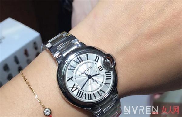 卡地亚蓝气球手表怎么样 它能让你轻松成为时尚达人