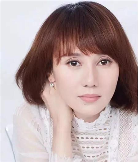 马伊琍袁泉闺蜜发型 短发今年秋冬巨有戏