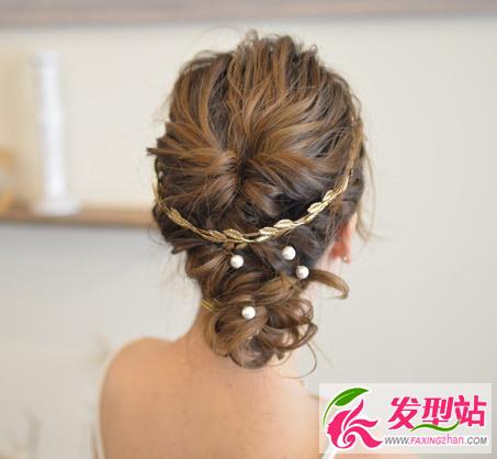 最新新娘发型图片大全 浪漫鲜花婚礼新娘妆发