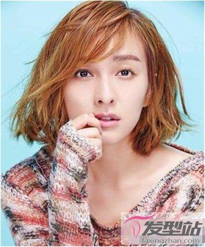 女生斜刘海短发发型 脸型美到360度无死角