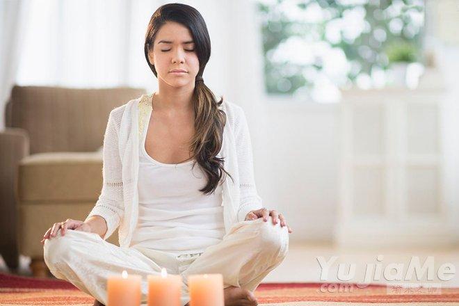静坐时思绪不定,怎样让自己放空?