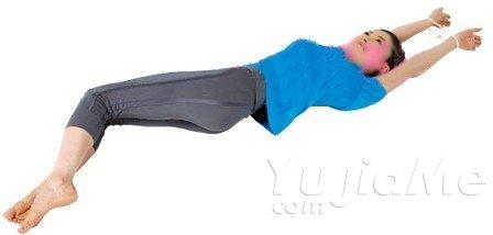 轻松矫正骨盆的四式瑜伽动作