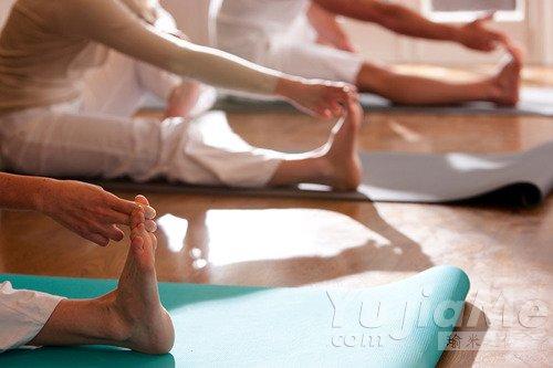 瑜伽告诉你,不要忽视身体提前变硬