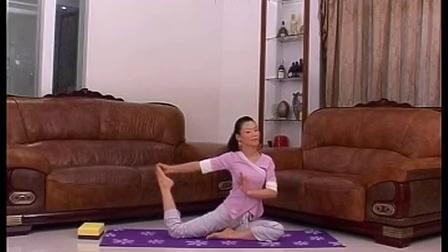 睡前简单瑜伽教学第四集